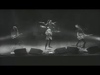 Alice In Chains - Man In The Box (Live at Moore Theatre) (1990)