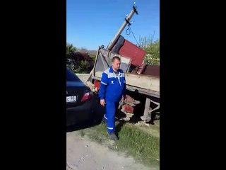 """Жёсткая авария в Виноградном под Анапой: длинномер столкнулся с """"Газелью"""""""