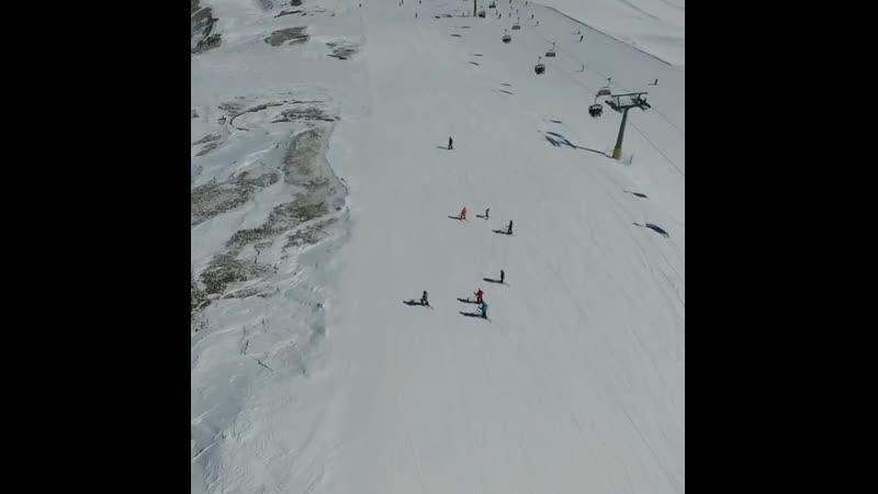 Вторая часьь нашего группового заезда в Ливиньо от мала до велика Спуск на склоне Costaccia Путешест