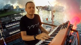 Madis - Cracow Sunset (Live Performance on The Vistula River)