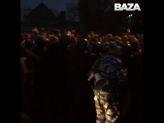 ОМОН разгоняет сход в Чемодановке