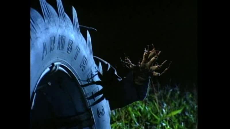 Дети пытаются остановить пугало убийцу Отрывок из сериала Боишься ли ты темноты