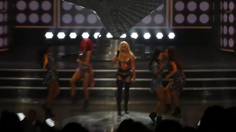 Britney Spears 27 October 2017 MATM I love rock n roll gimme more piece of me