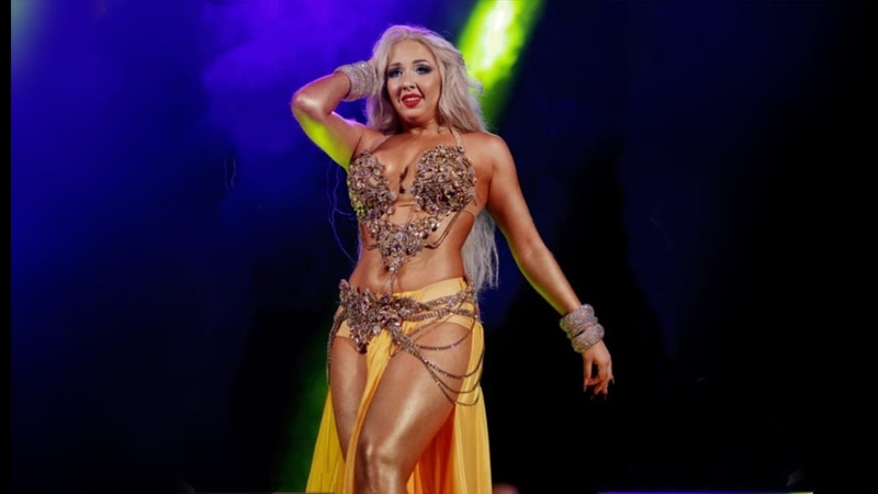 DIVA   Show with live band in Shanghai, China Esal Rouhak   Festival Cairo Stars