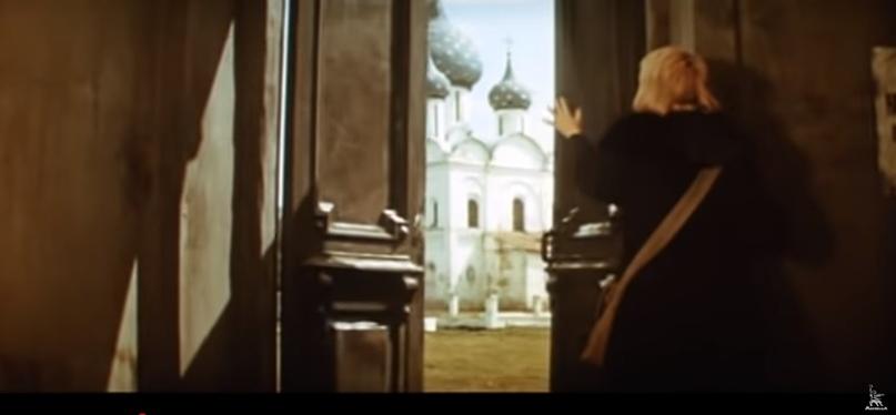 """Кадр из фильма """"Дневные звёзды"""". Источник: https://www.ivi.ru/watch/208947 (дата обращения: 07.02.2020)"""