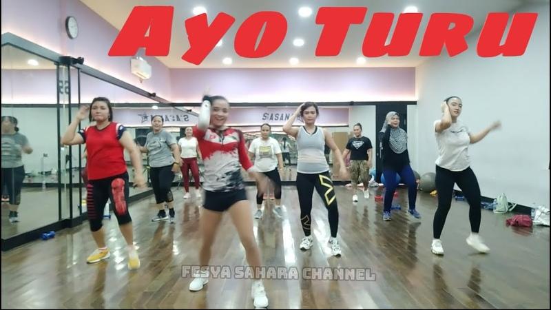 Ayo turu zaskia gotik goyang kreasi joget dangdut dance