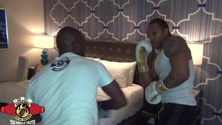 SOME OF THE BEST🦁 MITT WORK BY COACH TUNDE & UNDEFEATED PROSPECT ANTHONY YARDE #NEWMEDIA