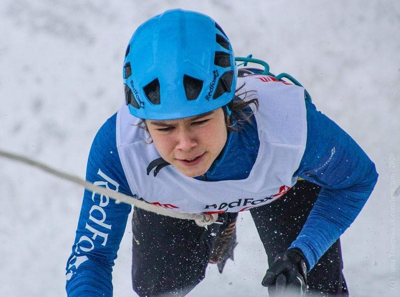 Главные отечественные ледолазные старты сезона финишировали в городе Кирове в минувшие выходные – чемпионат и первенство России по альпинизму. Всем было что доказывать и что терять…, изображение №119