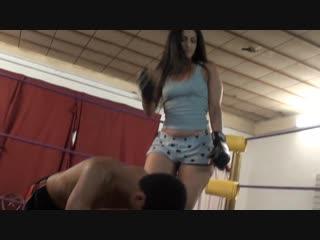 Shefights - bossy delilah beats him up bronx style femdom