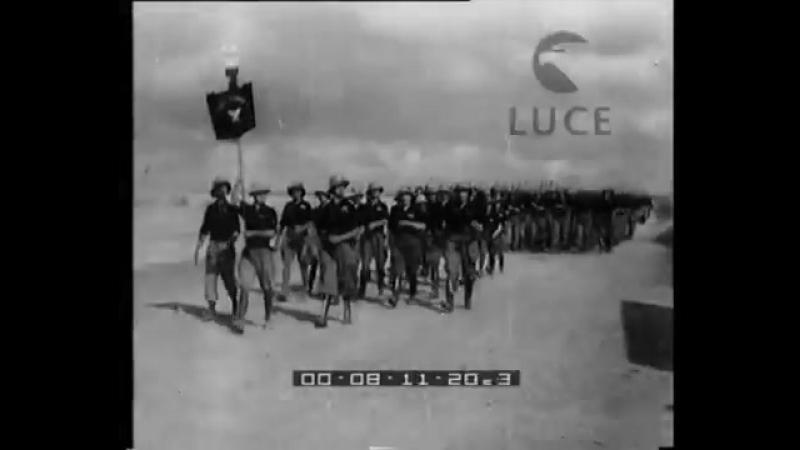 Sul fronte somalo il generale Graziani passa in rivista le legioni di mutilati