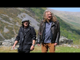 Robert Plant & AC/DC's Brian Johnson walk in Wales 🏴󠁧󠁢󠁷󠁬󠁳󠁿 and talk Led Zeppelin III