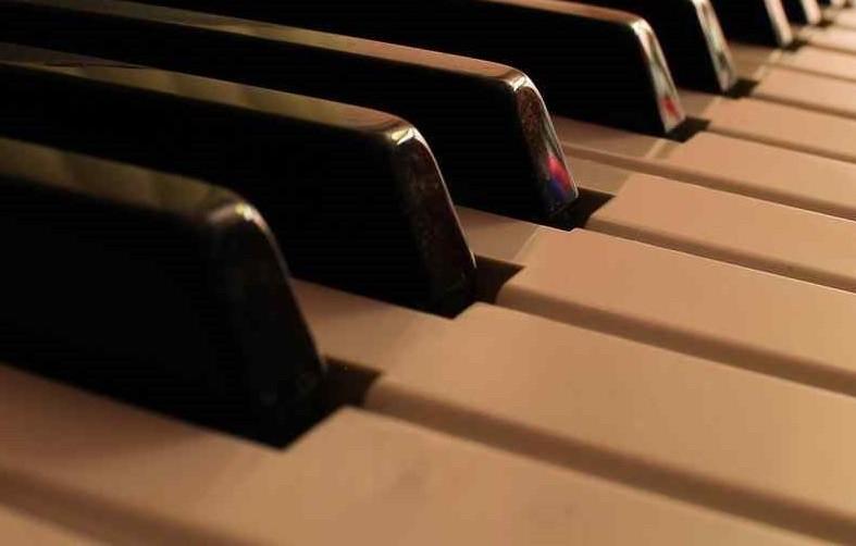 В КЧР двум музыкальным школам и колледжу обновят материальные базы