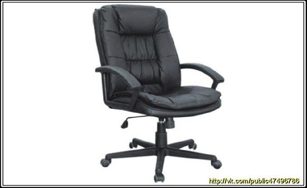 КОМПЬЮТЕРНОЕ КРЕСЛО ИЗОБРЕЛ ТОМАС ДЖЕФФЕРСОН Мы все уже давно привыкли к вращающимся креслам, сиденье которых крепится на одной центральной металлической ноге. Такие кресла называют