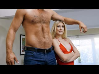 Teamskeet - Out of the Friendzone / Jessie Saint