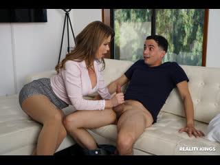 Emily Addison - Humper Therapy / Училка в униформе соблазнила молодого [Sex, New porn, Blowjob, Creampie, MILF, Young, Incest]