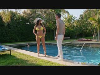 [Brazzers] Lisa Ann - Lisa's Pool Boy Toy [2018, Brunette, MILF, Big Tits, Big Ass, Oil, Wife, Outdoors, 1080p]