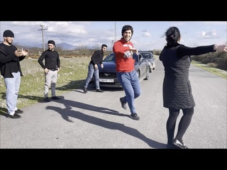 Супер Шибаба Лезгинка 2021 Девушка Танцует Очень Красиво На Улице С Парнями Чеченская Песня ALISHKA