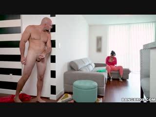 My Dirty Maid Rose Monroe Horny Maid не дал мамке помыть полы. секс с мамкой милф инцест трах