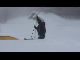 как мы вчера (14.12.13.)катались на лыжах: наш Жека в главных ролях:)