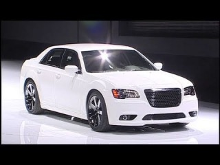 2012 Chrysler 300S, 300C and 300 SRT8 unveiled at 2011 NYIAS
