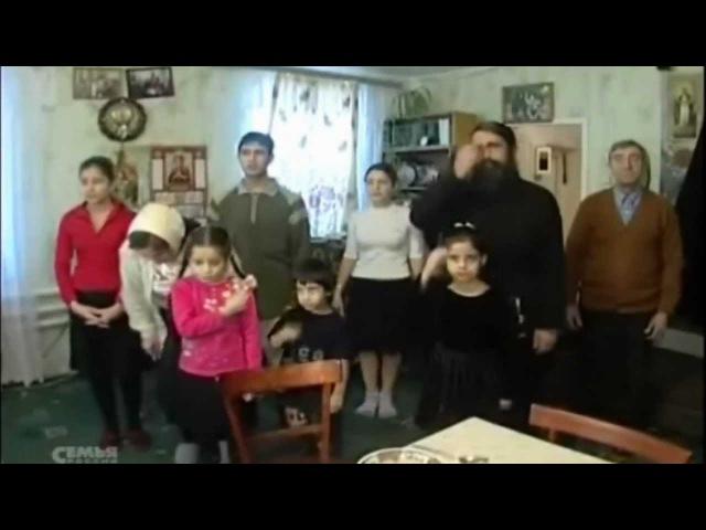 Бывший мусульманин . Ныне - православный священник.
