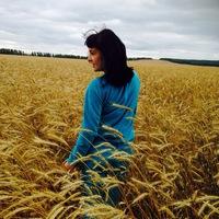 Алина Коморова