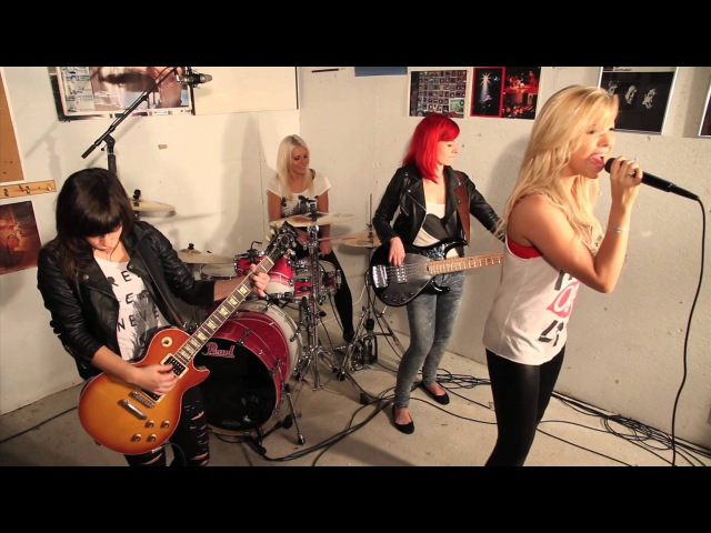 Sweet Child O Mine by Guns N Roses Cover performed by Trio F É E feat Marie Pier Gamache