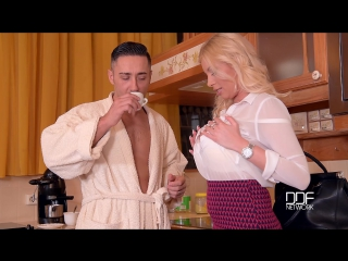 Dona bell - coffee creamer  [porn, big tits, all sex, blonde, oral]