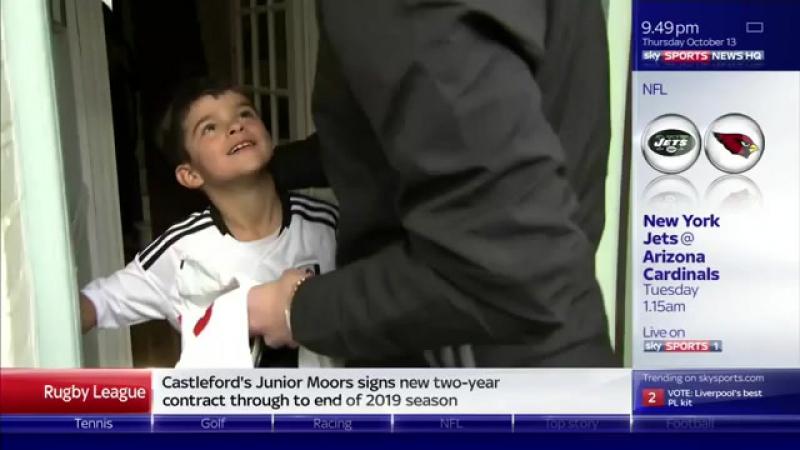 Маленький фанат Фулхэма отправил 3 фунта и письмо игроку клуба а он к нему наведался домой