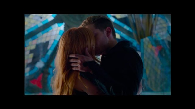 Clary and Jace's First Kiss Scene HD Shadowhunters 1x07