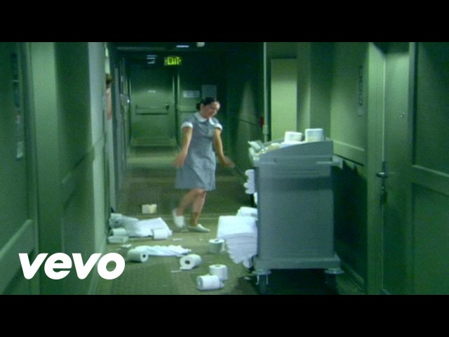 Korn Twisted Transistor Official Video