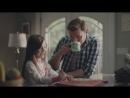 Saturday Morning with Folgers сюжет кофейной рекламы Субботнее утро надпись на кружке Папа