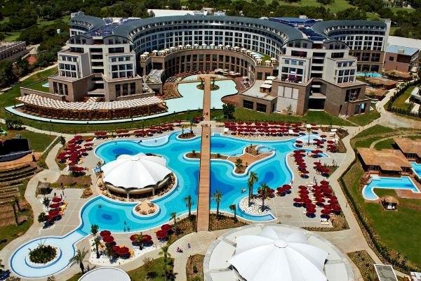 Отели Турции с подогреваемыми открытыми бассейнами, изображение №12