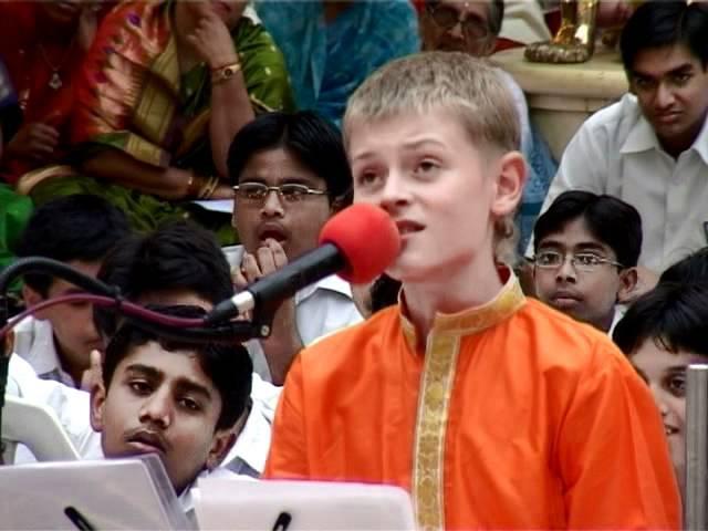 Sathya Sai Baba - Russian Concert in Sai Kulwant Hall - 2006