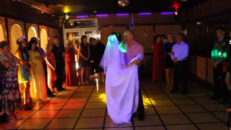 танец папы и дочки на свадьбе 11 08 17 Ведущ Анастасия Баклыкова