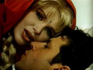 Эротические приключения Красной шапочки (С русским переводам)  Le Avventure erotiX di Cappuccetto Rosso (1993)