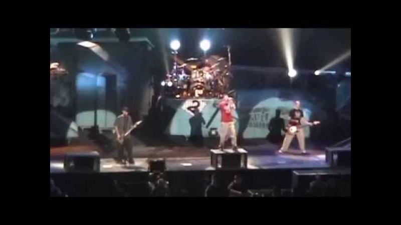 Linkin Park - P5hng Me A*wy (Colorado Springs 2004)