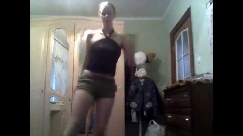 Танцую под песню бабушка яга