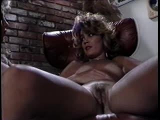 Traci Lords - Adventures Of Tracy Dick - sc1 (1985)  порно секс минет сексуальные соски шлюхи шикарные бляди ебутся сиськи жопы