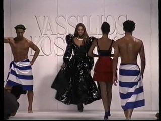 Vassilios Kostetsos  Historical Fashion Show Starring Legends Supermodels Linda Christy Naomi