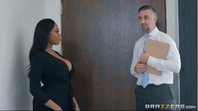Moriah Fucks Her Muse Moriah Mills, Keiran Lee ( Sex, Blowjob, Big Ass, Big Tits, Interracial,