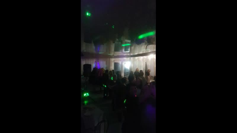 Live Кафе УЭли на берегу озера Карагайкуль