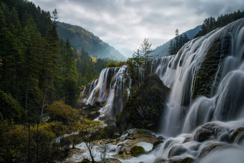 Самые красивые водопады Китая