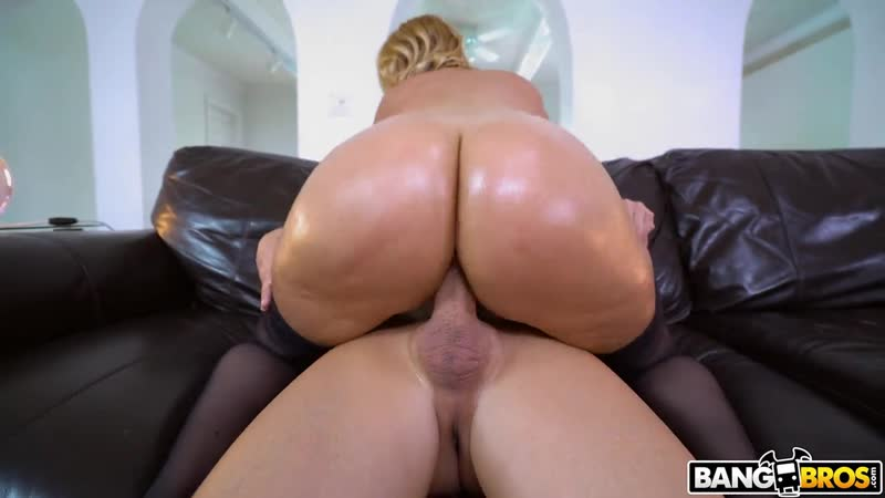 Cummin All Over Juicy Big Tits Is Great big ass butts booty tits boobs bbw pawg curvy mature milf