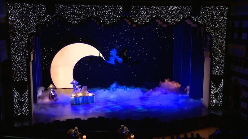 A Whole New World - Disneys Aladdin - A Musical Spectacular (Full HD 1080P)