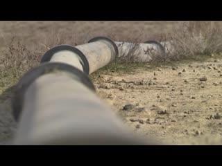 Военные проложили трубопровод в крым