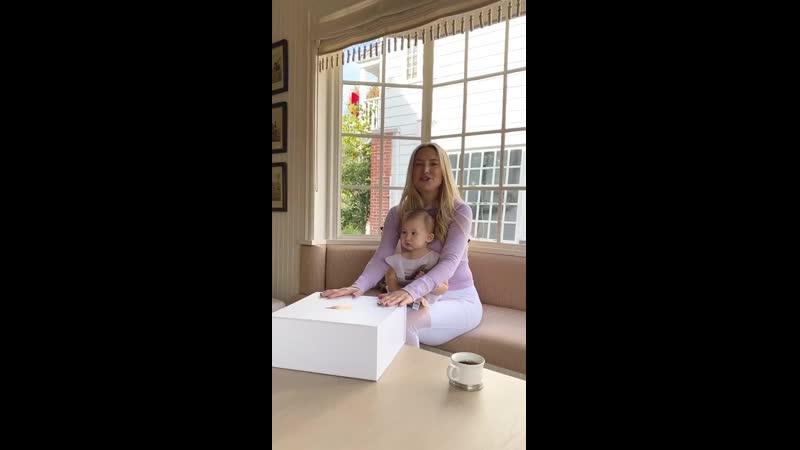 Кейт и Ронни распаковка для Fabletics