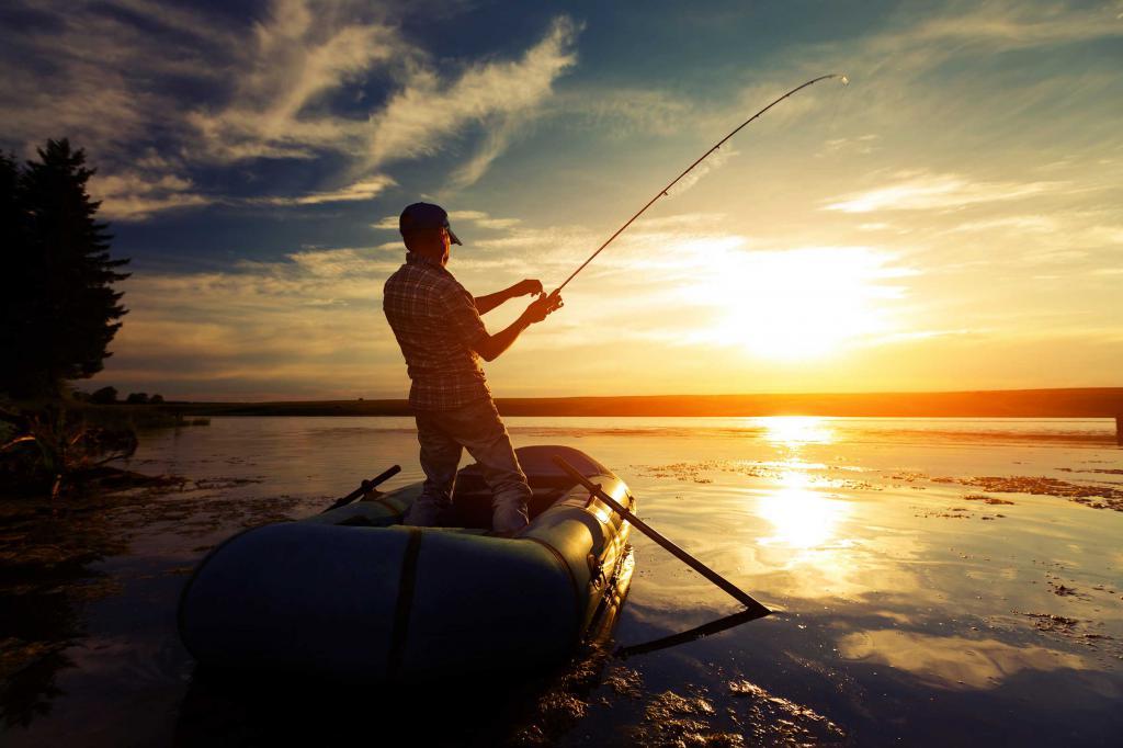 картинка мужчина на рыбалке сметана
