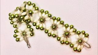 Sea Shell Bracelet 💎 #beadedbracelet  #beadingtutorial #beebeecraft 🐝  #WithMe