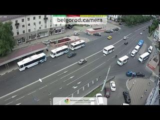 """Положил"" мотоцикл на проспекте Богдана Хмельницкого."